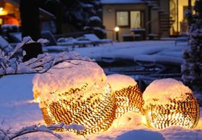 Blick auf den winterlichen Orkeland SPA im Hotel & Spa Resort Freund