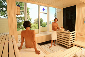 Sauna mit Panoramablick in der HANSEATIC Wellnesswelt